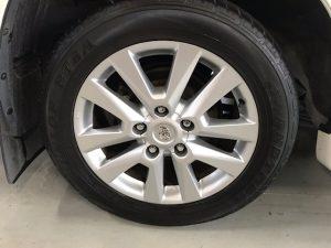 200ランクル タイヤ洗浄