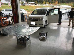 ステップワゴン フロントガラス交換