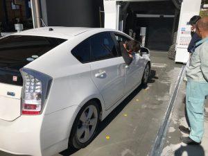 プリウス洗車